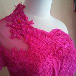 Dress Cantik Asimetis Warna Pink Bagian Atas