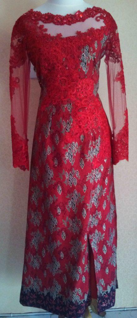 Dress Batik Merah Dengan Bordir Full