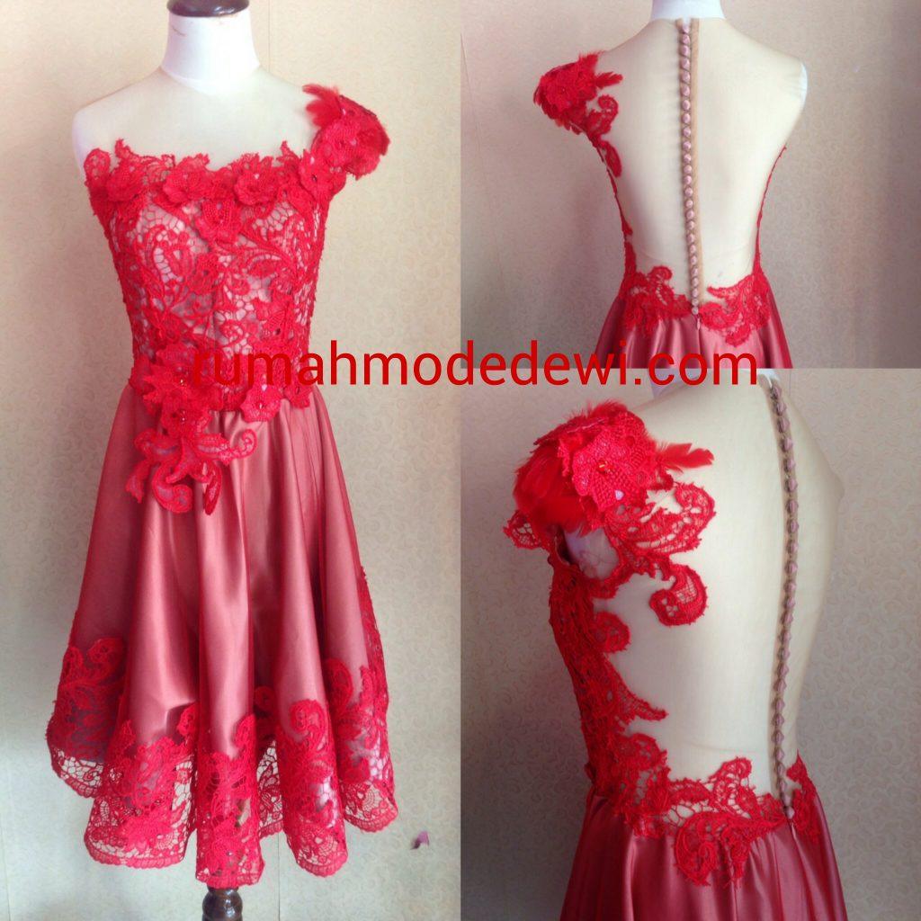 Dress Prada Merah Punggung Backless 2