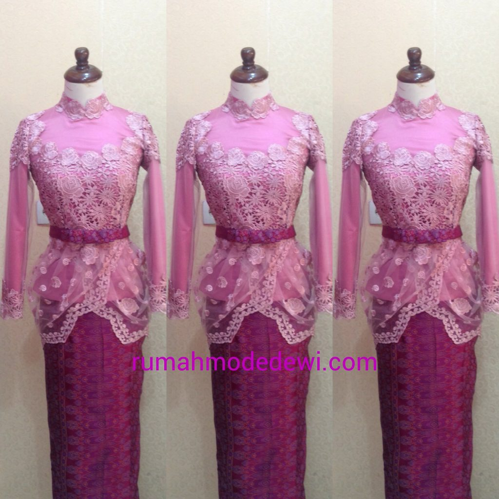 Kebaya Wisuda Muslim Pink Drapery