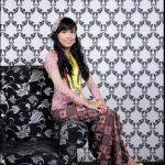 Kebaya Wisuda Kerah Sabrina Warna Pink Fitting
