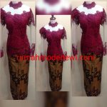 "Kebaya Prada Merah Maroon Kerah Shanghai<span class=""rating-result after_title mr-filter rating-result-1268"" >			<span class=""no-rating-results-text"">No ratings yet.</span>		</span>"